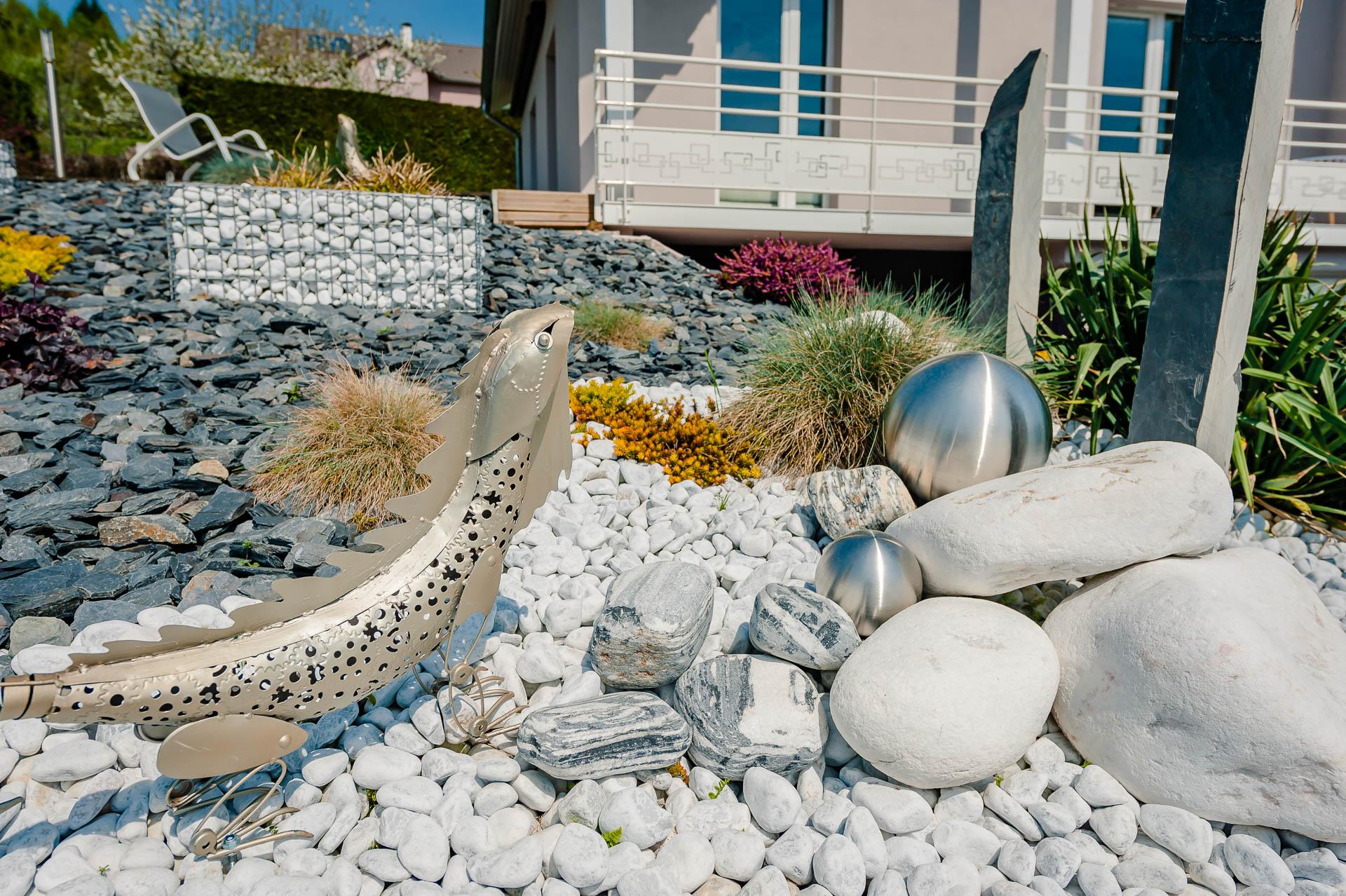 Amenagement Exterieur Jardin Avec Galets marbre à saint-dié - donnez de la vie à votre extérieur